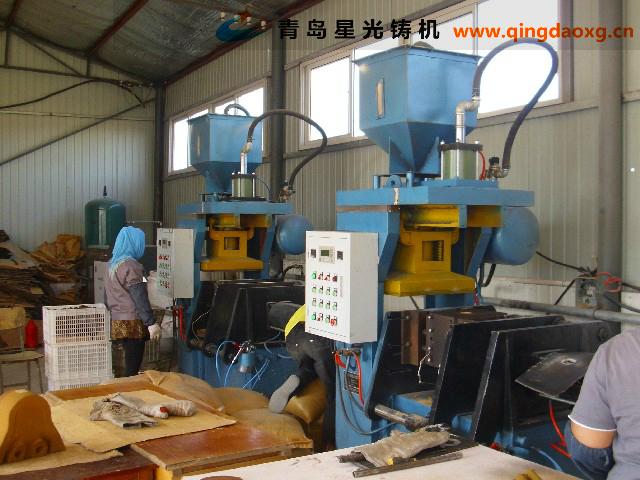 射芯机制芯工作现场 青岛星光铸机 Z94系列射芯机 覆膜砂制芯机 壳芯机